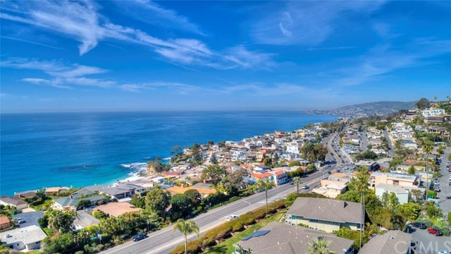 Closed | 30502 Coast  Highway #C2 Laguna Beach, CA 92651 35