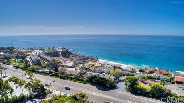 Closed | 30502 Coast  Highway #C2 Laguna Beach, CA 92651 36