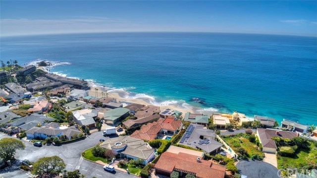 Closed | 30502 Coast  Highway #C2 Laguna Beach, CA 92651 38