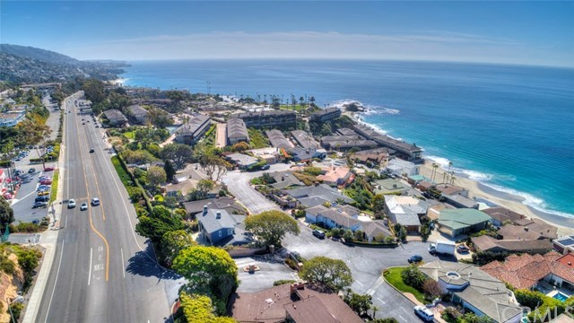 Closed | 30502 Coast  Highway #C2 Laguna Beach, CA 92651 39