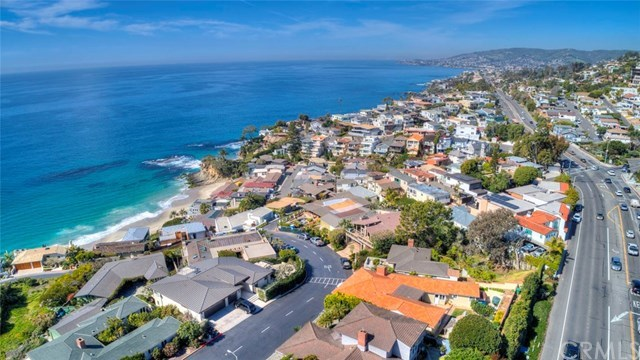 Closed | 30502 Coast  Highway #C2 Laguna Beach, CA 92651 40