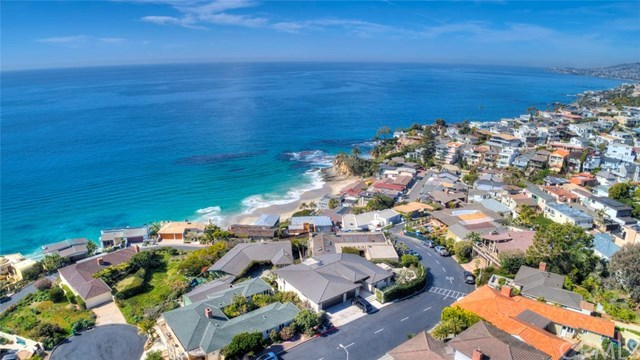 Closed | 30502 Coast  Highway #C2 Laguna Beach, CA 92651 42