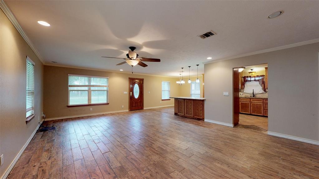 Active | 1235 W 22nd Street Houston, Texas 77008 16