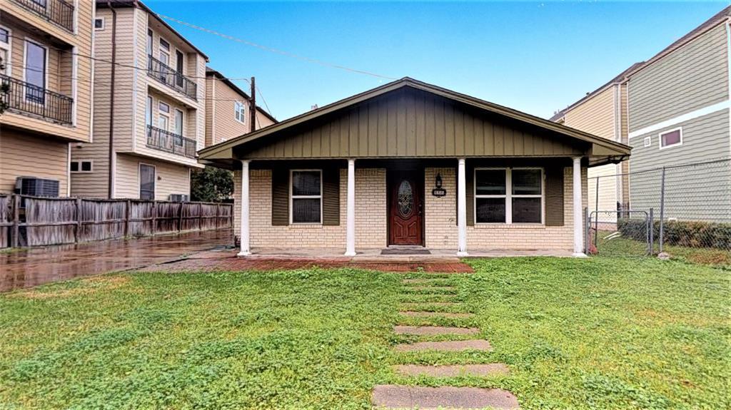 Active | 1235 W 22nd Street Houston, Texas 77008 36