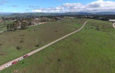 Active | 4 Westhampton Way Arroyo Grande, CA 93420 6
