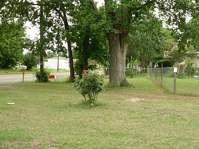 Sold Property | 815 NE 4th Street Hubbard, Texas 76648 1