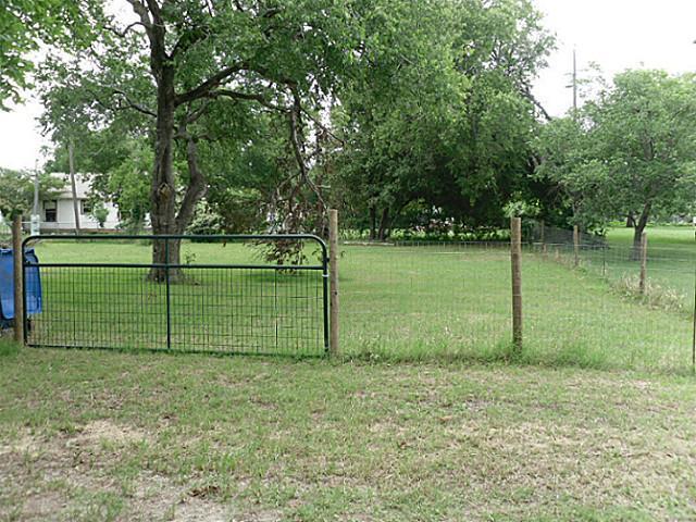 Sold Property | 815 NE 4th Street Hubbard, Texas 76648 4