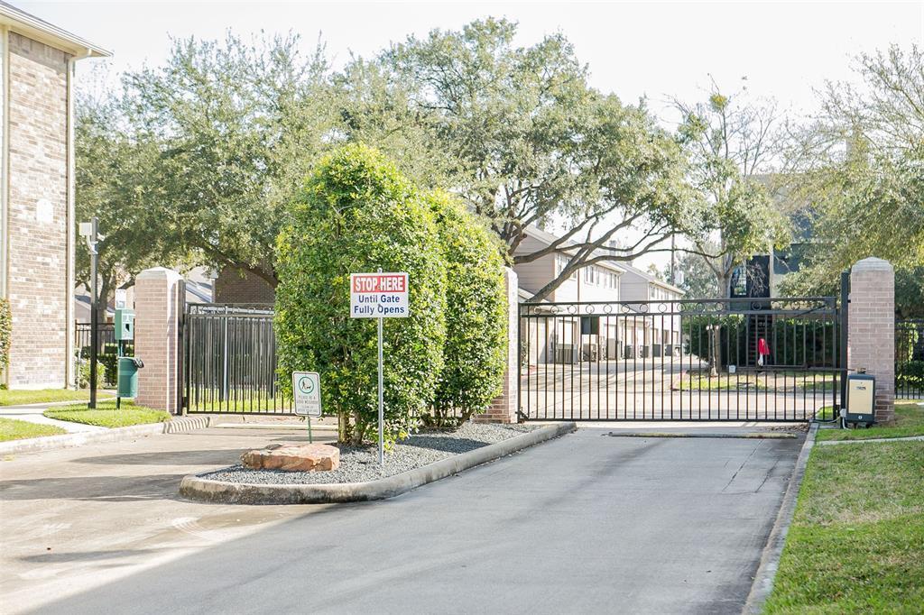 Active | 2865 Westhollow Drive #82 Houston, TX 77082 18