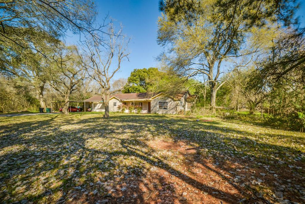Pending | 7805 Swiftwater Lane Houston, Texas 77075 2