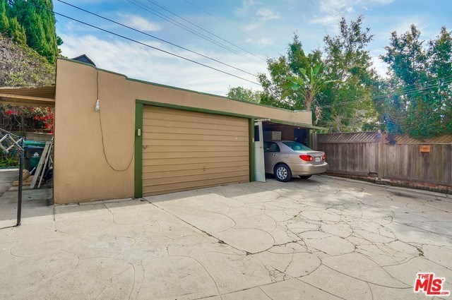 Closed | 852 S CURSON  Avenue Los Angeles, CA 90036 53