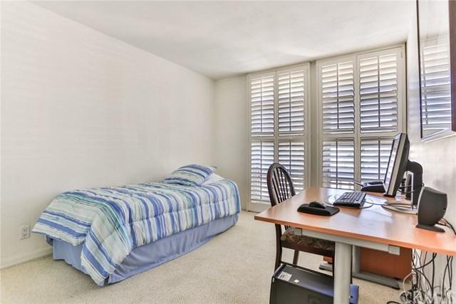 Closed   16561 Harbour  Lane #15 Huntington Beach, CA 92649 28