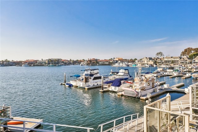 Closed   16561 Harbour  Lane #15 Huntington Beach, CA 92649 39