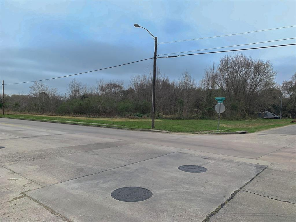 Active | 0 Anderson Road Houston, TX 77053 8