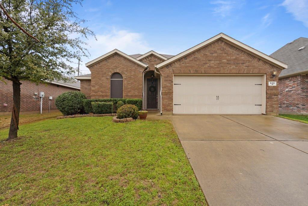 Sold Property | 628 Kelley Court Fort Worth, TX 76120 1