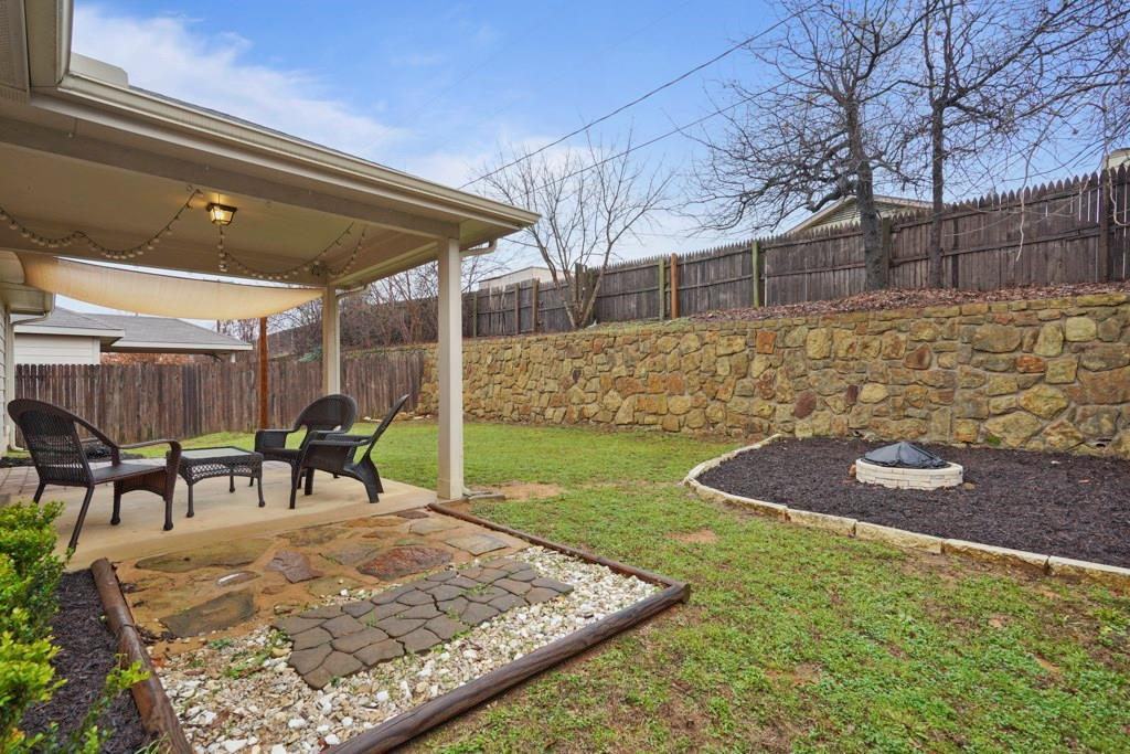 Sold Property | 628 Kelley Court Fort Worth, TX 76120 31
