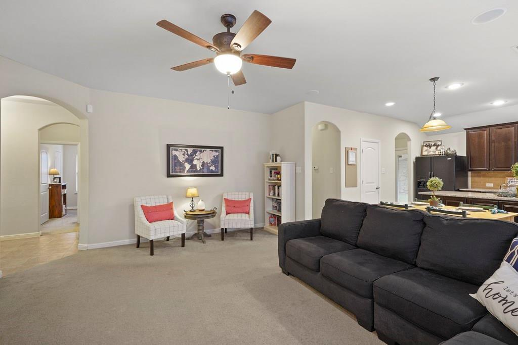 Sold Property | 628 Kelley Court Fort Worth, TX 76120 6