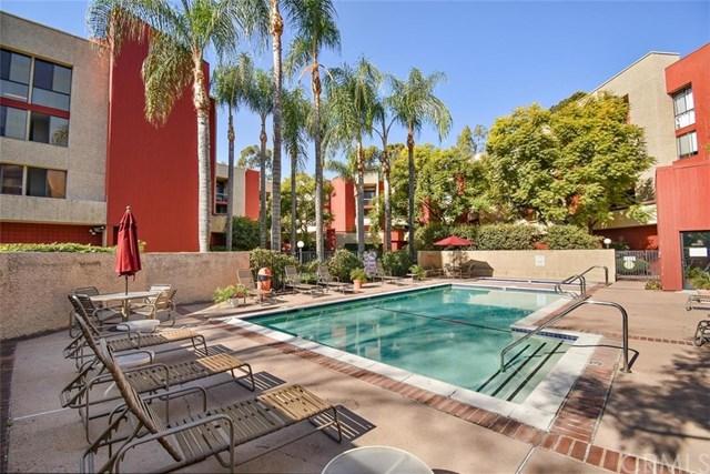 Closed | 3961 Via Marisol #117 Los Angeles, CA 90042 32