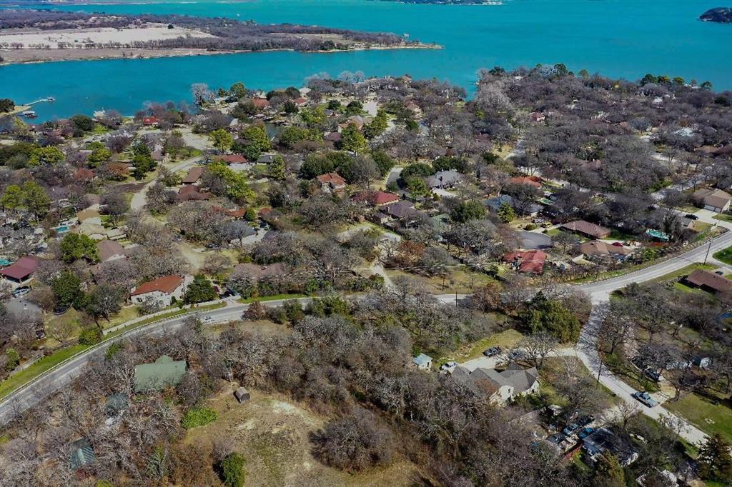Sold Property | 548 Cresthaven Court Azle, TX 76020 4