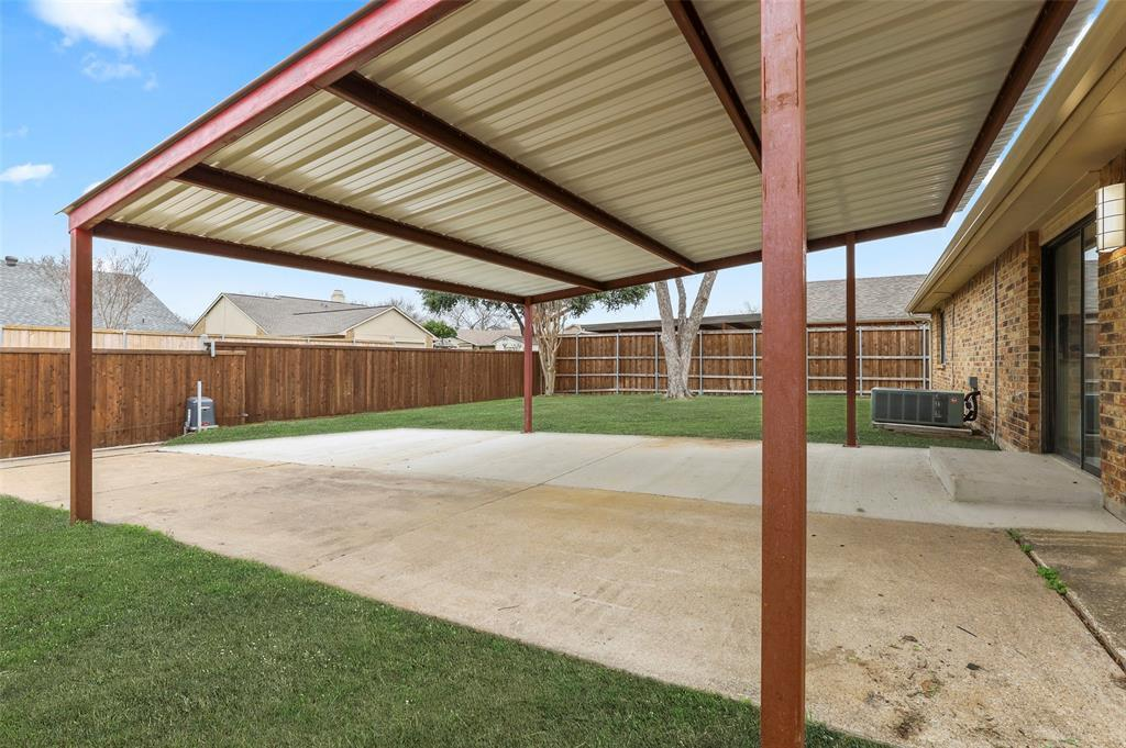 Housed   1315 Timberview Drive Allen, Texas 75002 34