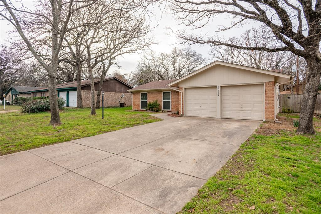 Sold Property | 2714 Bent Tree Lane Arlington, TX 76016 3