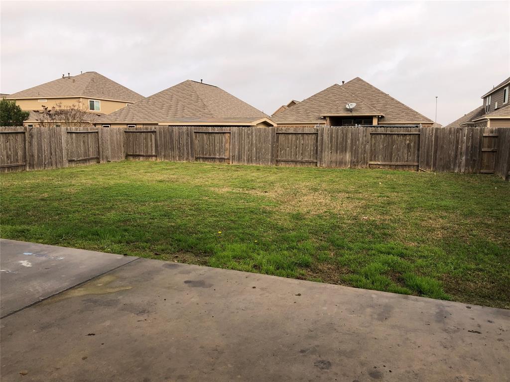 Active   5447 Peppermint Drive Baytown, TX 77521 14