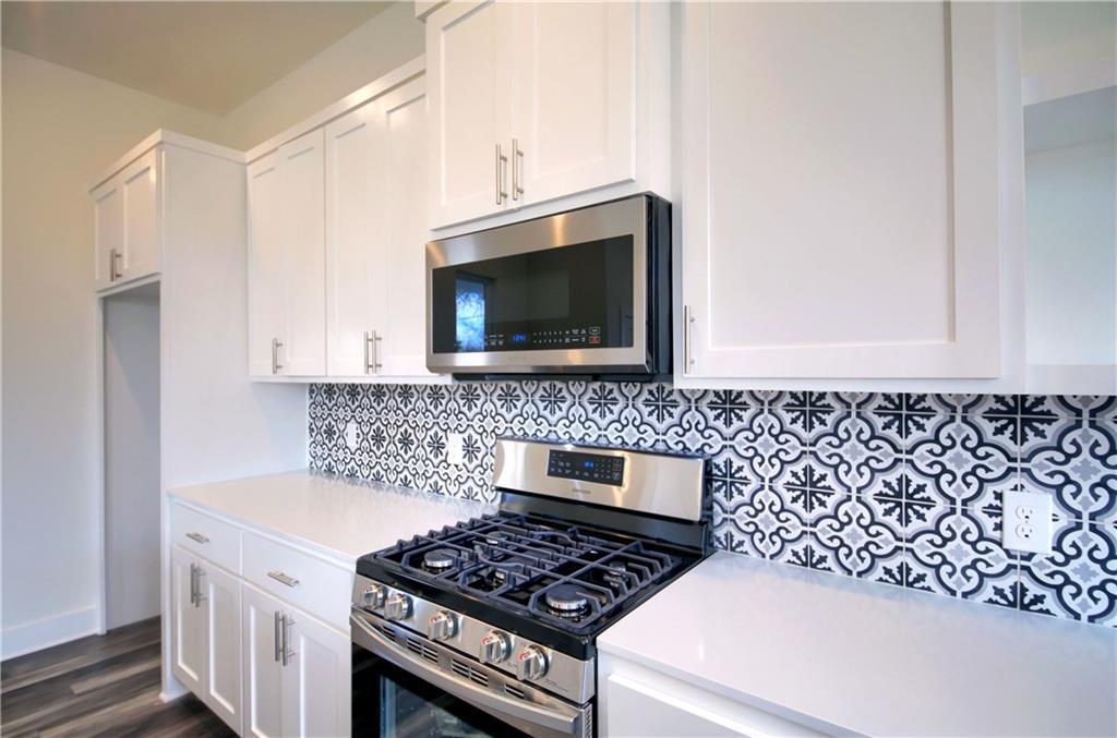 Sold Property   6813 Porter Street #A Austin, TX 78741 8