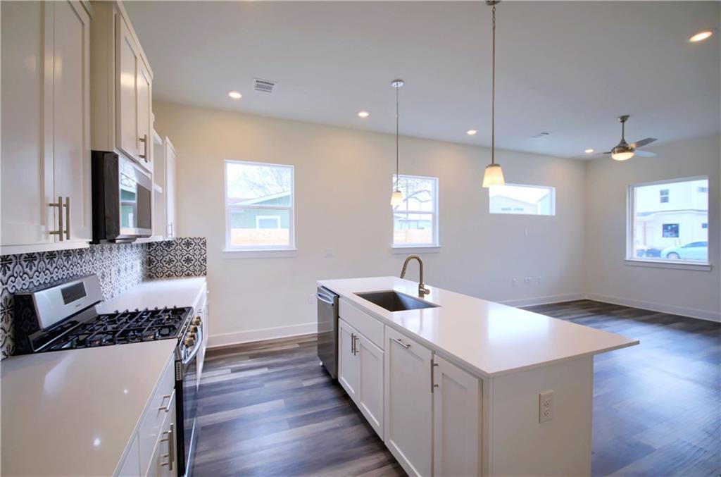 Sold Property   6813 Porter Street #A Austin, TX 78741 10