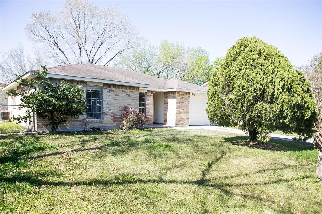 Pending Continue to Show | 8619 Deep Valley Drive Houston, TX 77044 9