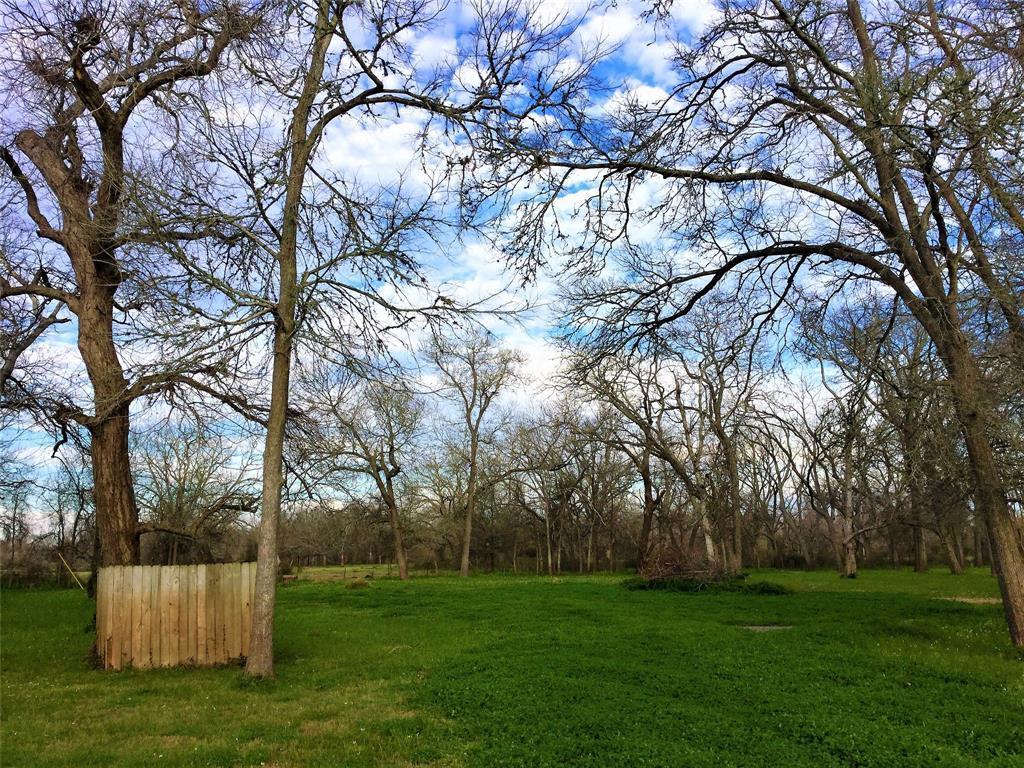 Active   1415 Pony Lane Simonton, TX 77476 1