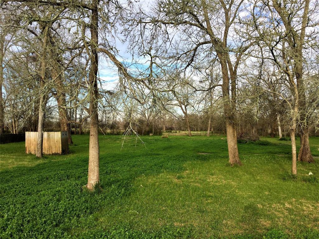 Active   1415 Pony Lane Simonton, TX 77476 4