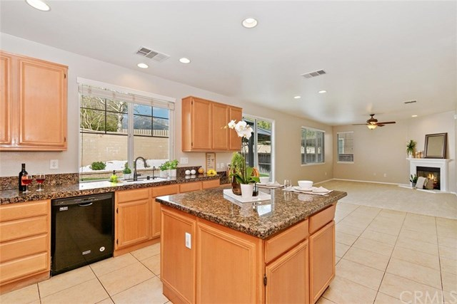 Closed | 725 Sawtooth Drive Upland, CA 91786 7