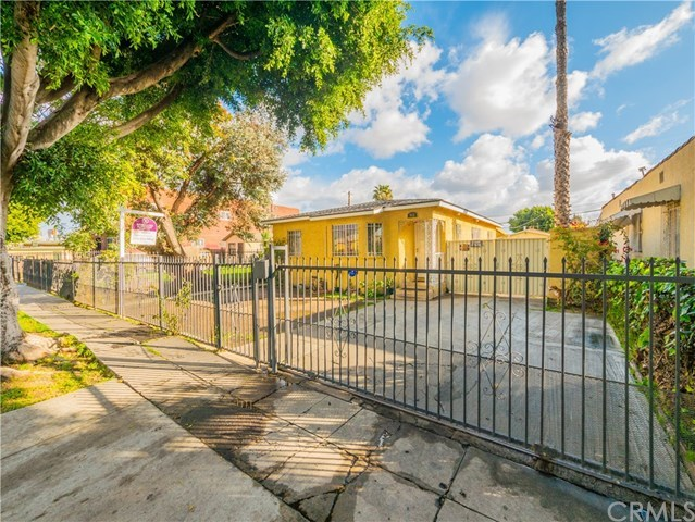 Closed   932 E 91st Street Los Angeles, CA 90002 29