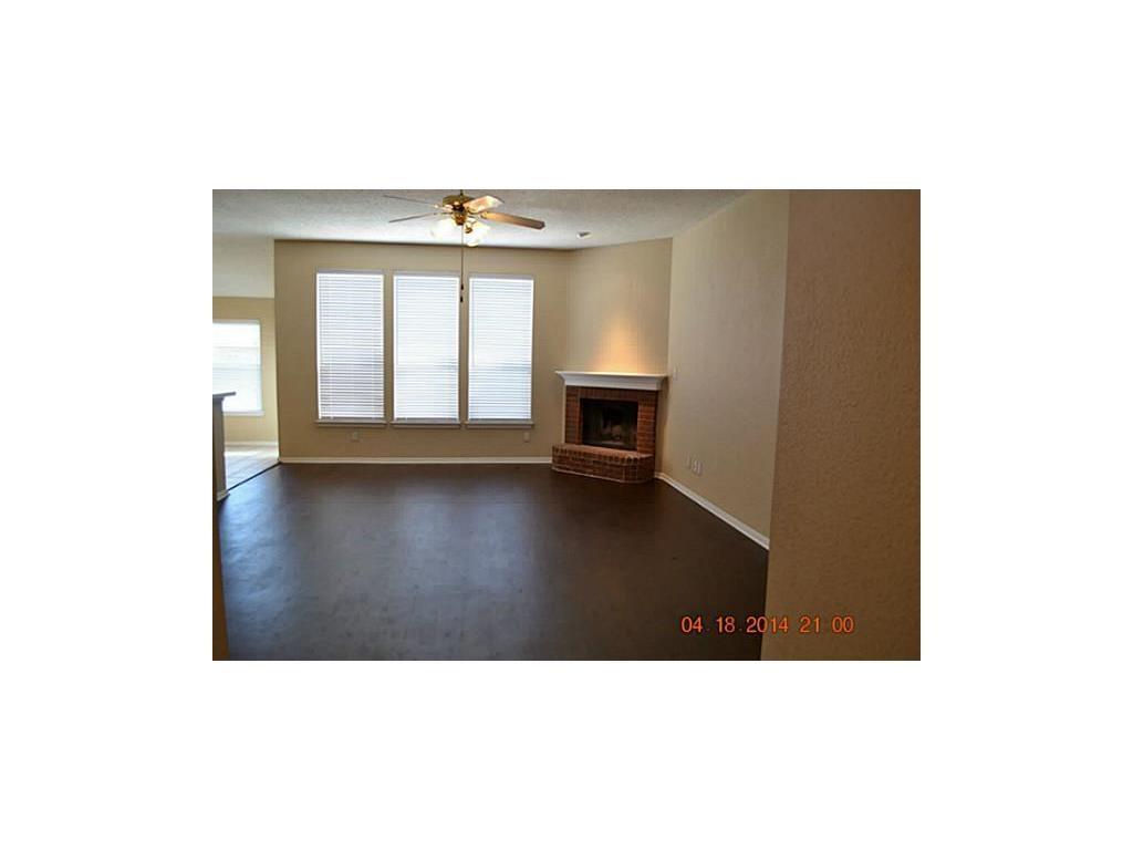 Sold Property | 608 Mustang Court Little Elm, Texas 75068 3