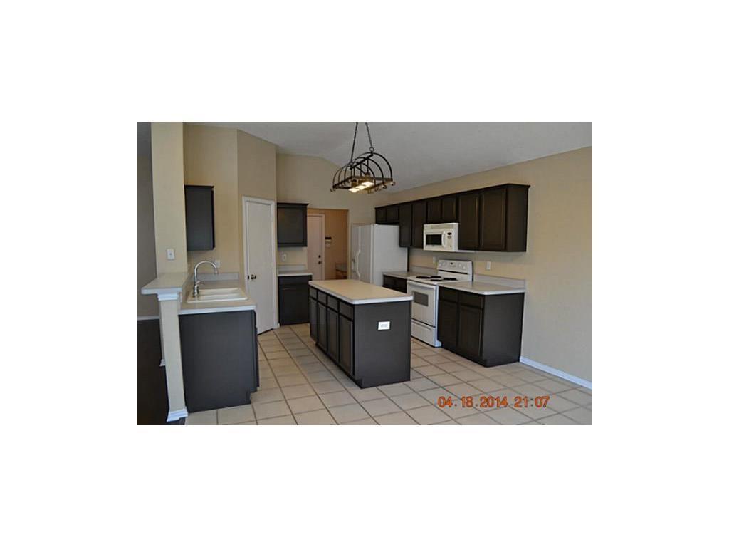 Sold Property | 608 Mustang Court Little Elm, Texas 75068 5