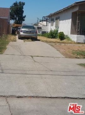 Active Under Contract | 817 W 97TH  Street Los Angeles, CA 90044 0