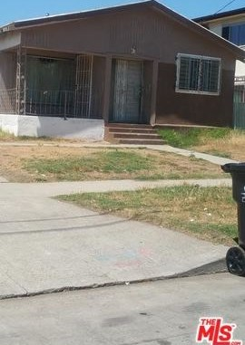 Active Under Contract | 817 W 97TH  Street Los Angeles, CA 90044 1