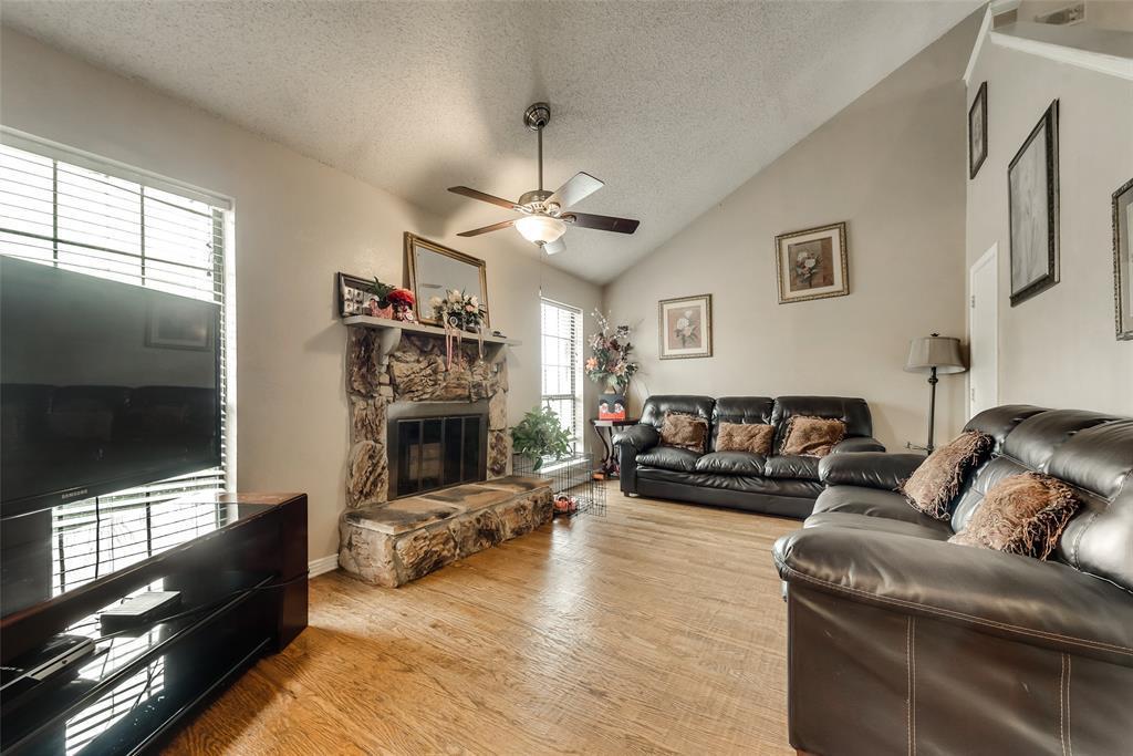 Sold Property | 5027 Buttonwood Lane Garland, TX 75043 2