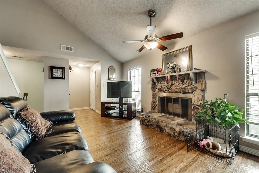 Sold Property | 5027 Buttonwood Lane Garland, TX 75043 3
