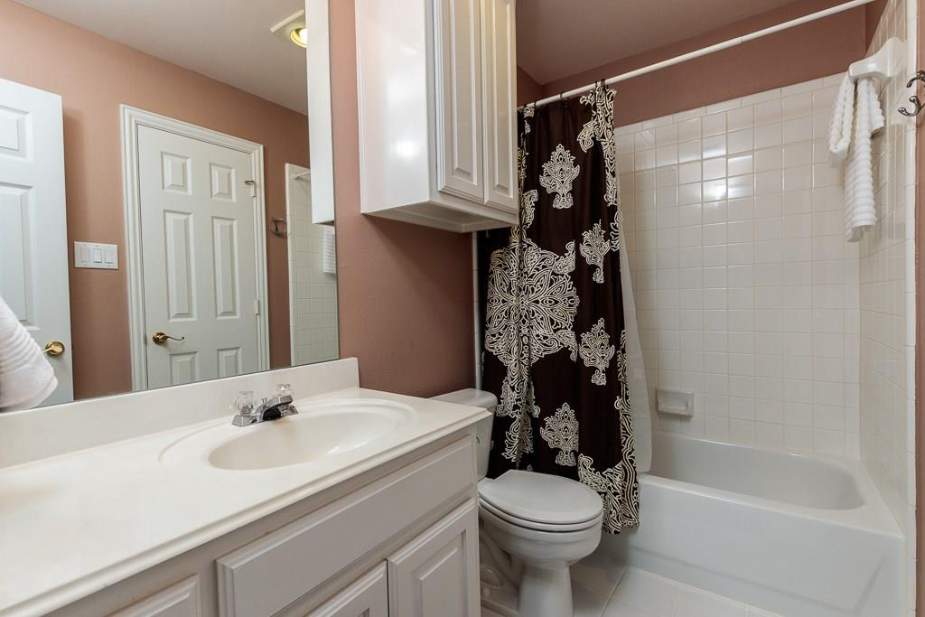 Sold Property   2802 Woodlake Court Highland Village, Texas 75077 22