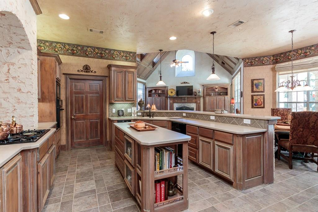 Sold Property   2802 Woodlake Court Highland Village, Texas 75077 7