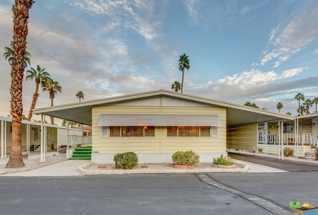 Closed | 306 Little Deer Cathedral City, CA 92234 2