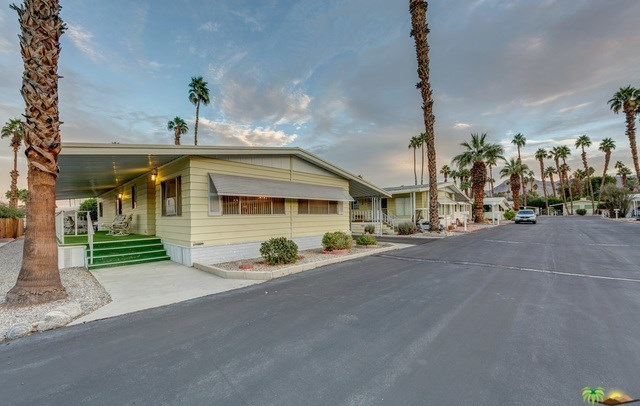 Closed | 306 Little Deer Cathedral City, CA 92234 23