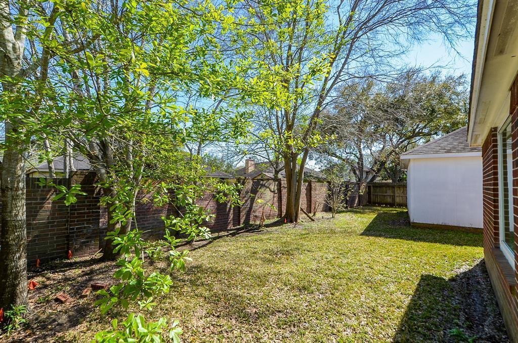 Pending   2427 Alberton Lane Pearland, TX 77584 19