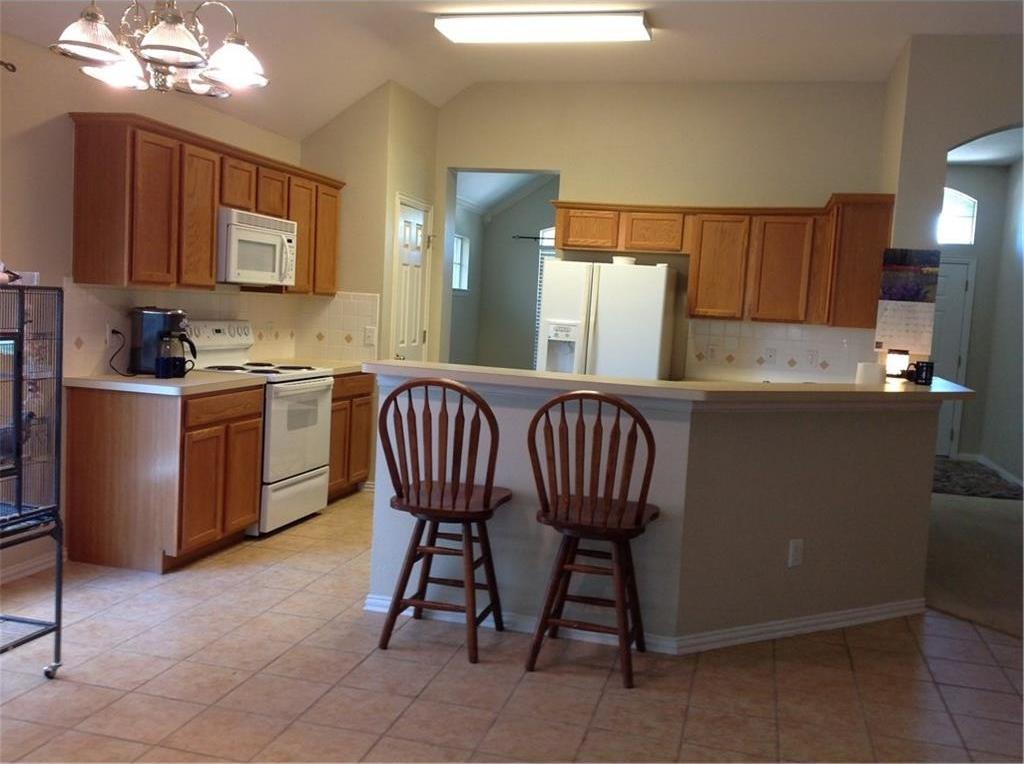 Sold Property   9020 Foxwood Drive Fort Worth, Texas 76244 3
