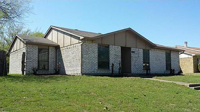Sold Property | 115 S Young Boulevard DeSoto, Texas 75115 0