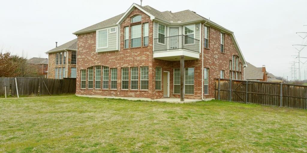Sold Property | 8645 Drayton Drive Irving, Texas 75063 7