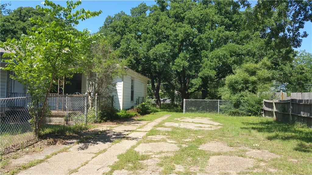 Sold Property | 427 Centennial Boulevard Dallas, Texas 75217 12