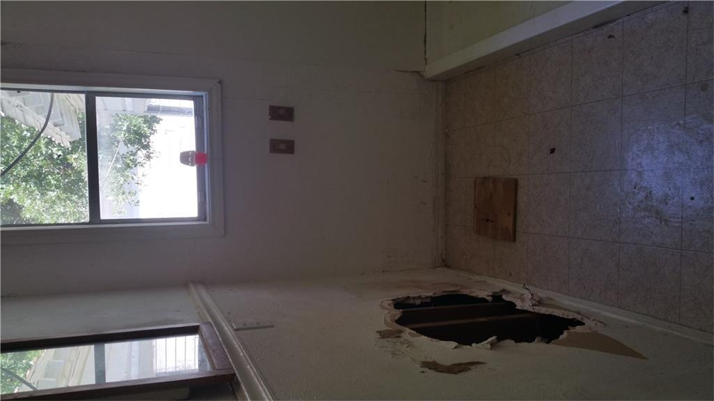 Sold Property | 427 Centennial Boulevard Dallas, Texas 75217 4