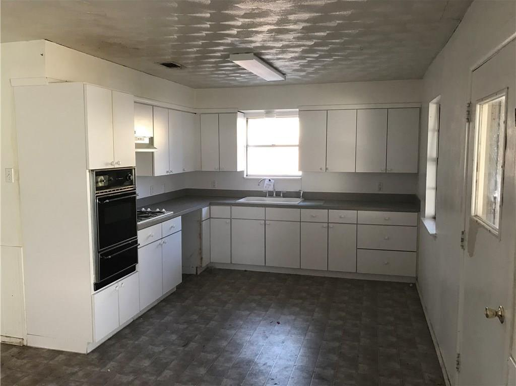 Sold Property | 1008 Joslin Street Irving, Texas 75060 1