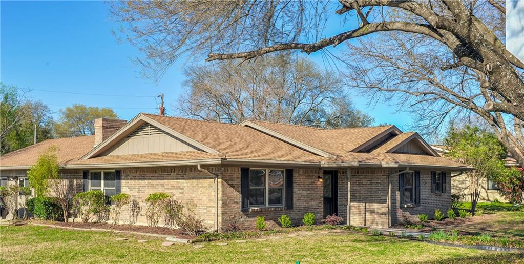 Sold Property | 1504 W Baldridge Street Ennis, Texas 75119 1